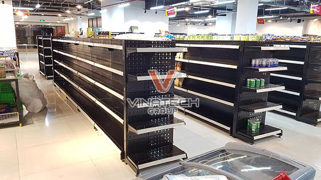 lắp đặt kệ tôn lỗ cho siêu thị