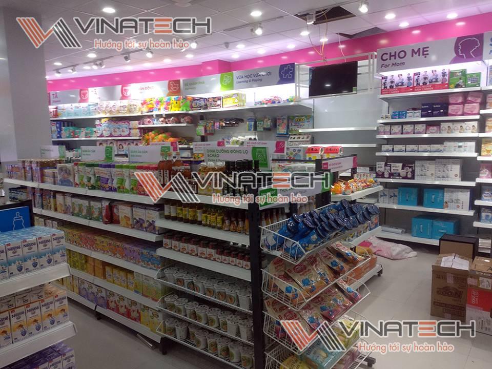 kệ trưng bày hàng siêu thị