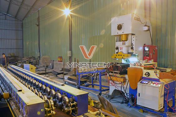 xưởng sản xuất giá kệ của Vinatech