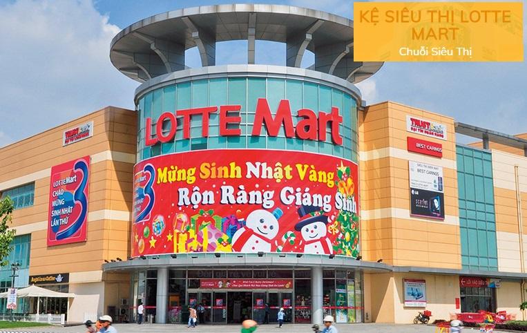 Toàn bộ các chi tiết bằng sắt tại hệ thống Lotte Mart do xưởng Vinatech sơn tĩnh điện bằng công nghệ hiện đại bao gồm: Giỏ hàng, xe đẩy hàng, hệ thống kệ kho, kệ siêu thị, cửa từ...