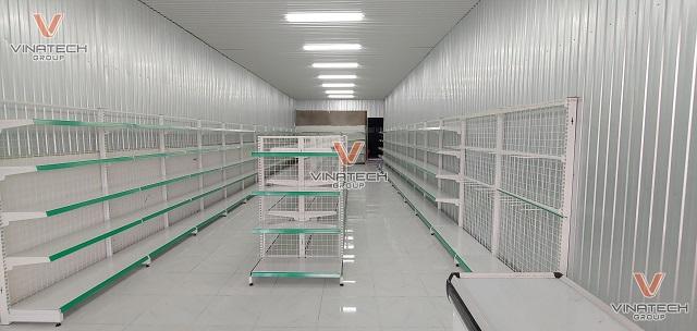 kệ siêu thị lưới vinatech